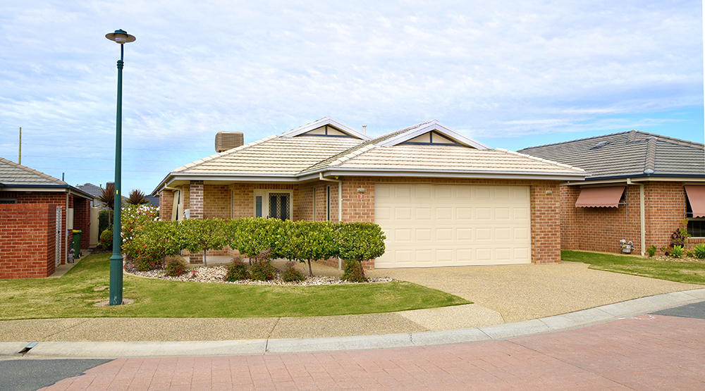 201105 House 7 exterior_web